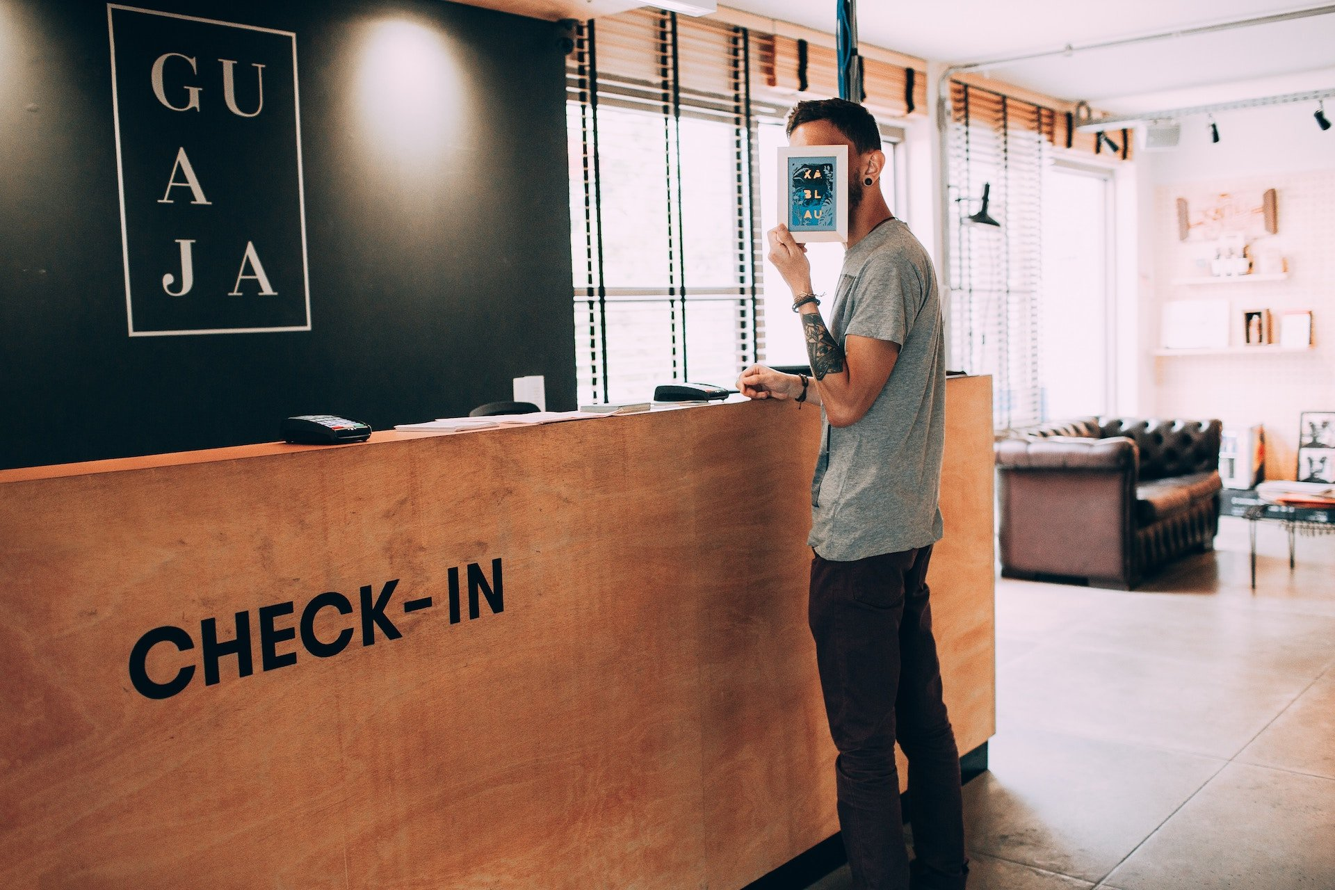 Can you automate visitor management? / YAROOMS